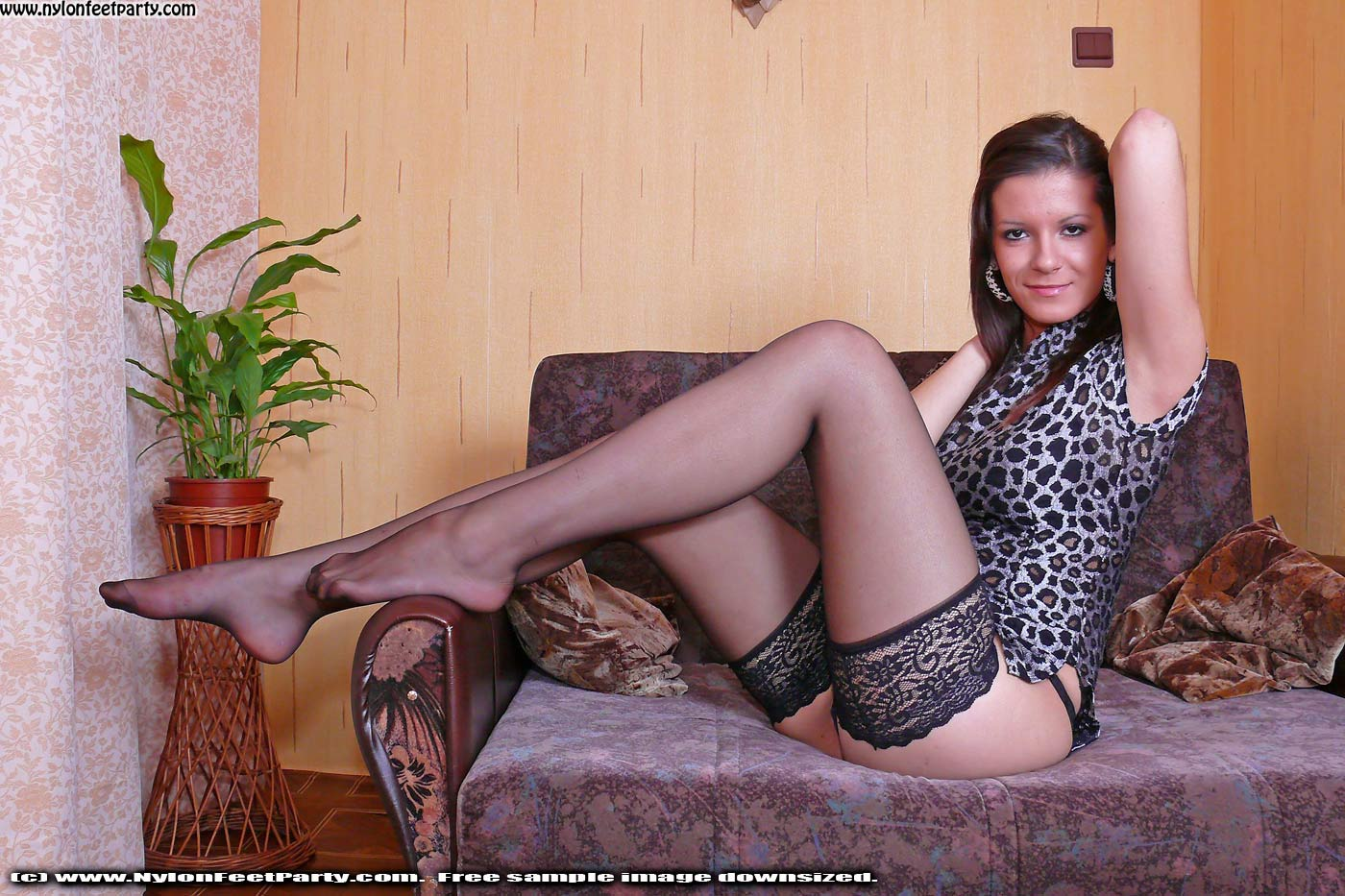 Nylon pantyhose fetish